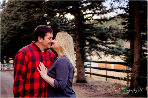 Colorado-engagement-photo