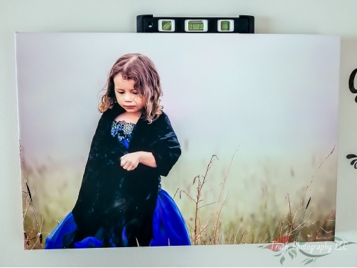 How-to-hang-your-canvas-prints-4